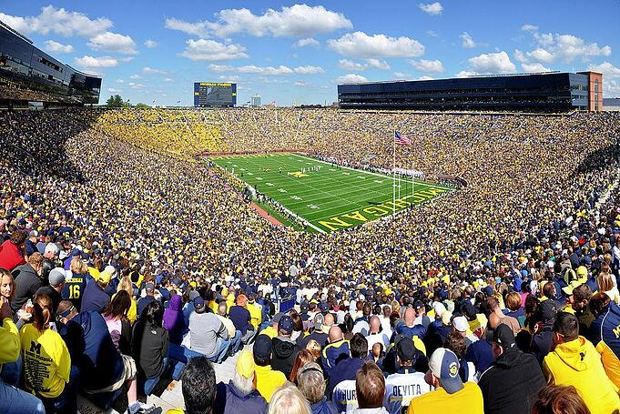 1024px-Michigan_Stadium_2011.jpg